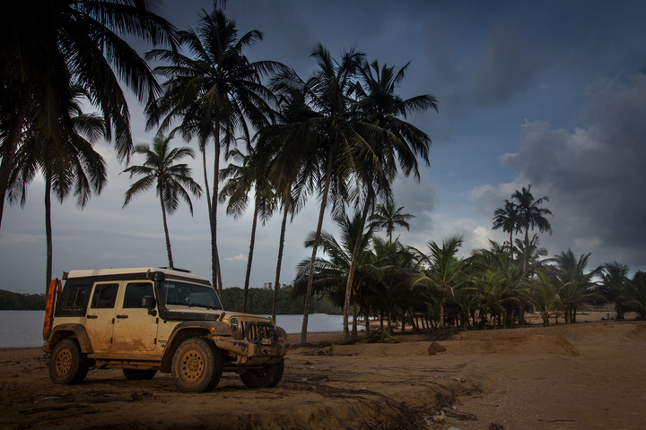 ivory coast jeep beach 720x480