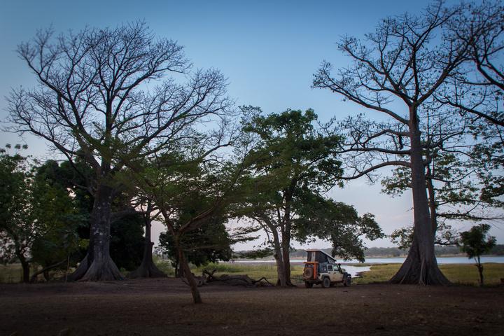 jee africa camping lake tengrela 720x480