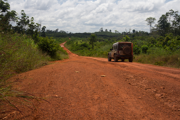 jeep africa major highway ivory coast 720x480