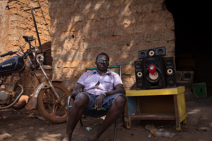 mali guy with music 720x480