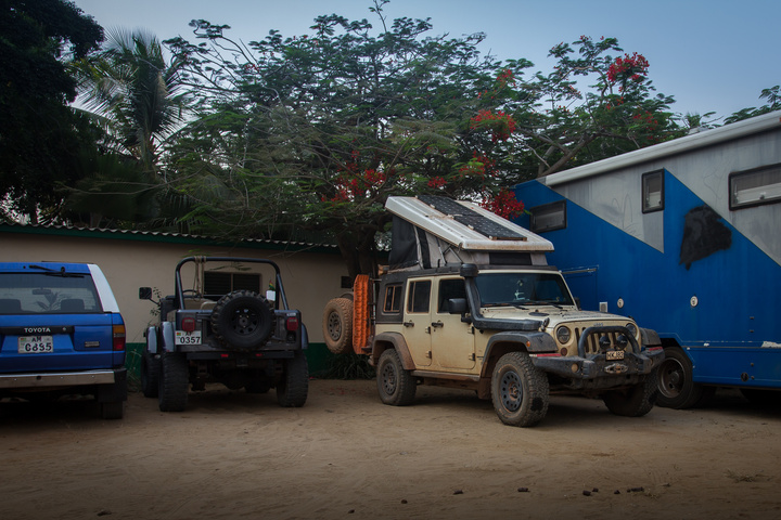 jeep africa camping chez alice lome togo 720x480