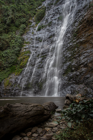 tomegbe waterfall togo 320x480