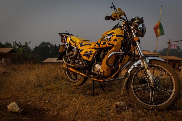 cameroon motorbike 720x480