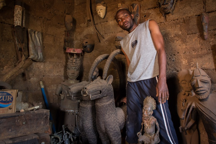 foumban man making art 720x480