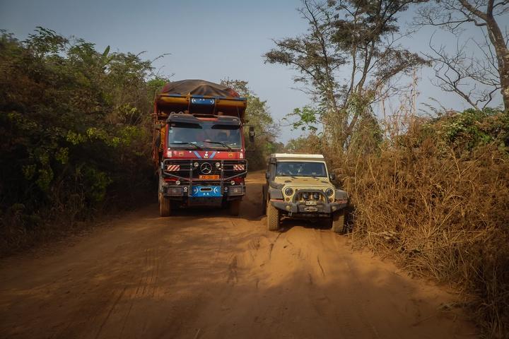 jeep africa broken truck 720x480