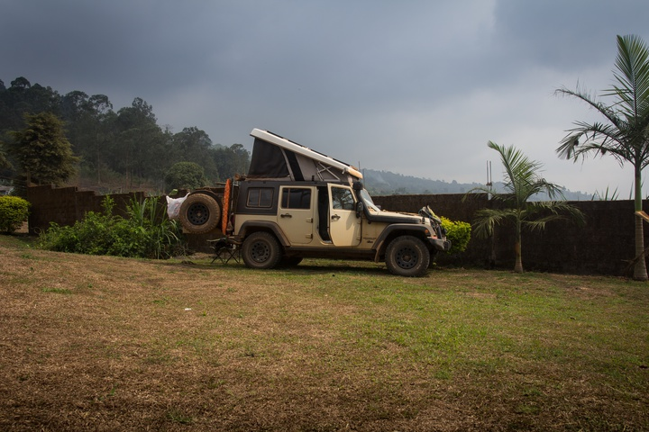 mount cameroon jeep camping 720x480