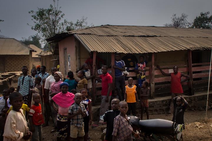 nigeria border town more people 720x480