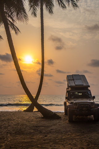 ebodje jeep camping sunset 320x480