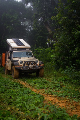 jeep africa camping cameroon 320x480