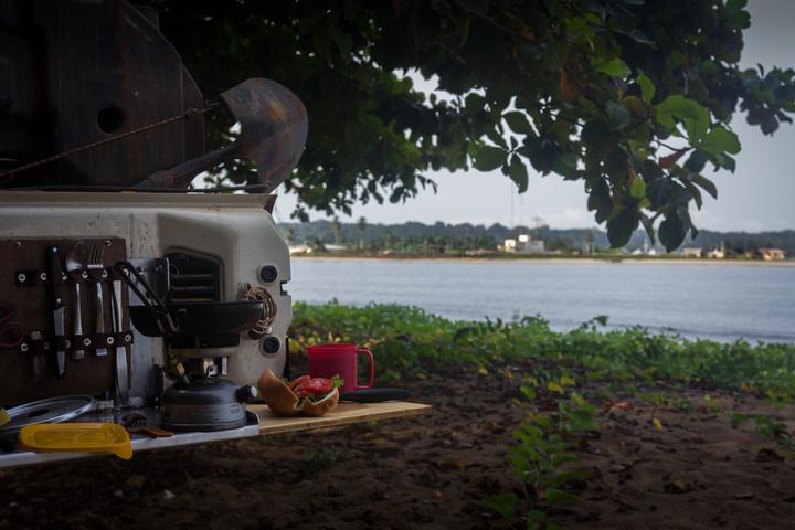 jeep africa camping ecuatorial guinea 720x480