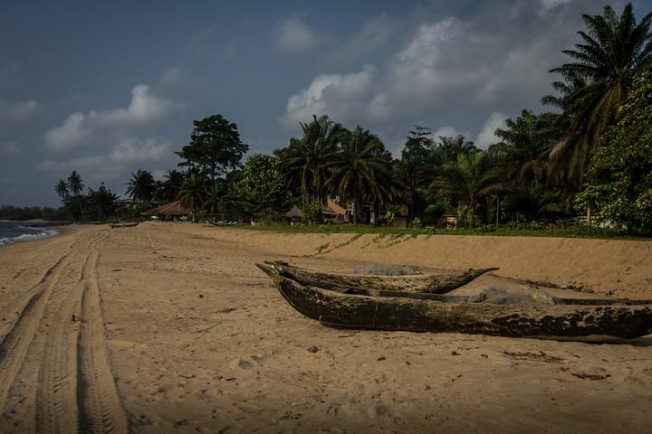 kribi beach 720x480