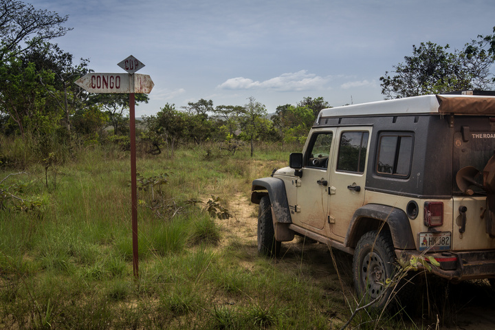 africa jeep congo time 720x480