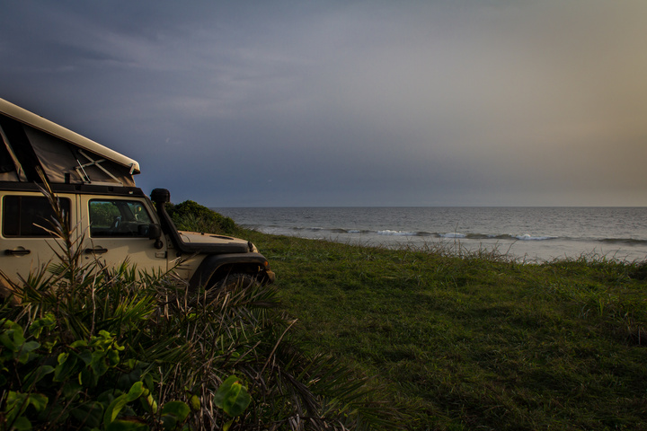africa jeep gabon beach camping 720x480