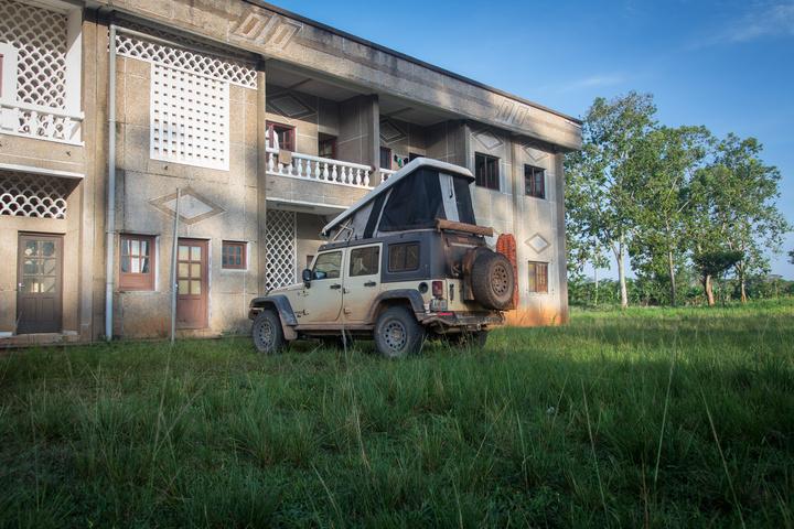 congo jeep quesso camping 720x480