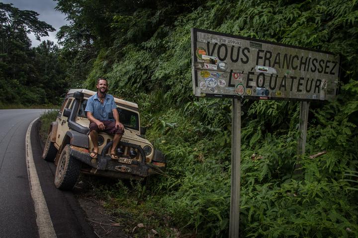 gabon equator dan jeep 720x480