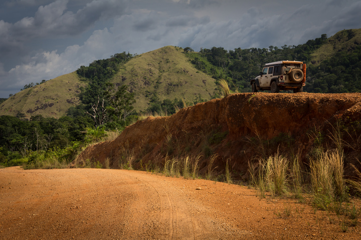 gabon high road 720x480