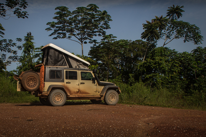 gabon jeep camping clearing 720x480