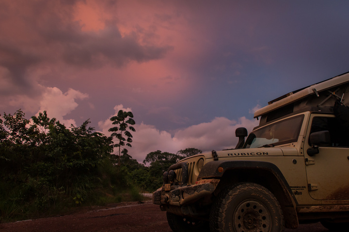 gabon jeep sunset 720x480