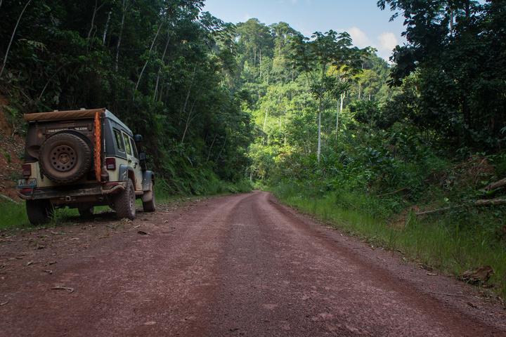 gabon roads 720x480
