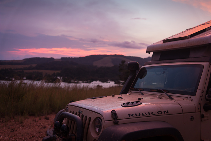 gabon sunset jeep1 720x480