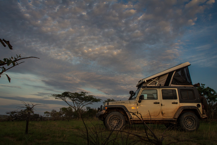 jeep africa camping gabon 720x480