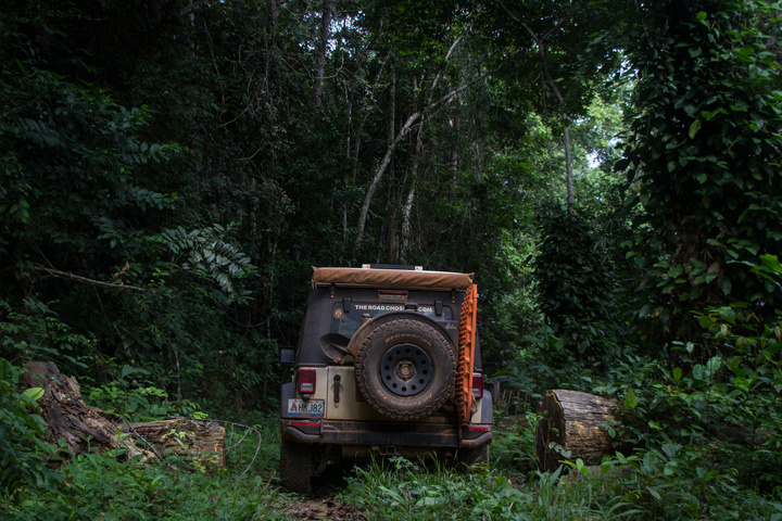 jeep africa gabon into lope 720x480