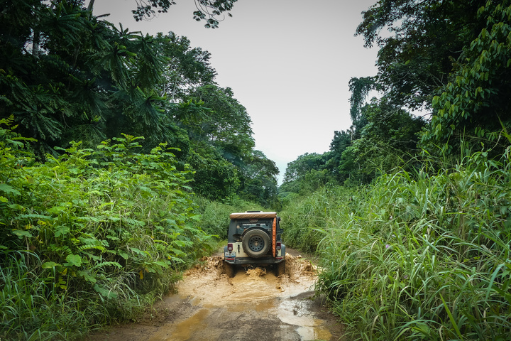 jeep africa muddy roads 720x480