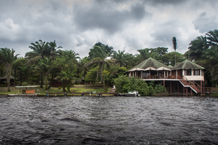 loango lodge gabon from water 720x480