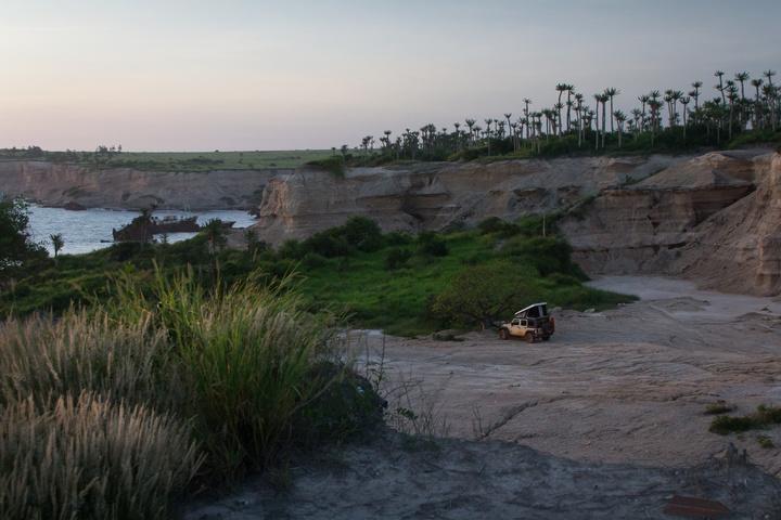 angola jeep campsite shipwreck beach 720x480