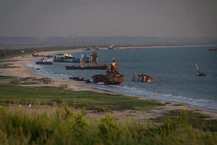 angola shipwreck beach 720x480