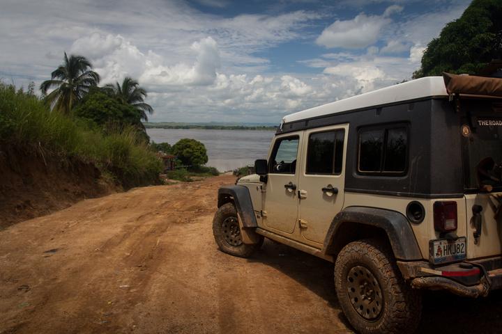 drc jeep congo river 720x480