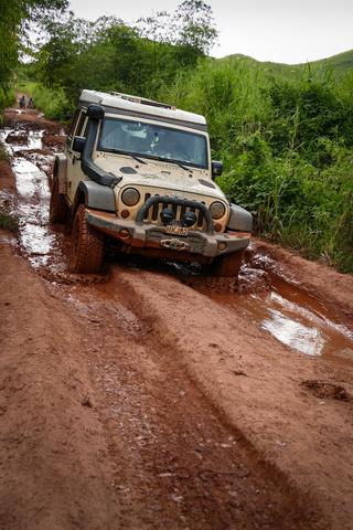 drc jeep mud 320x480