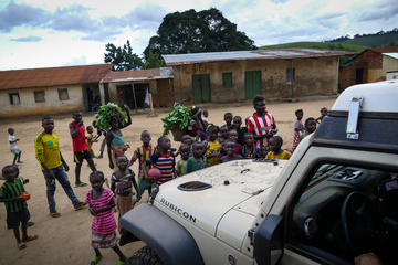 The swarm of kids around the Jeep when I arrived at the more major road