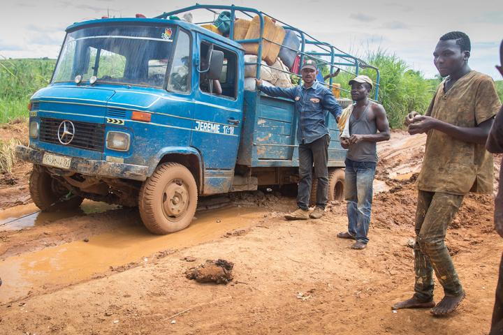 drc truck mud men 720x480