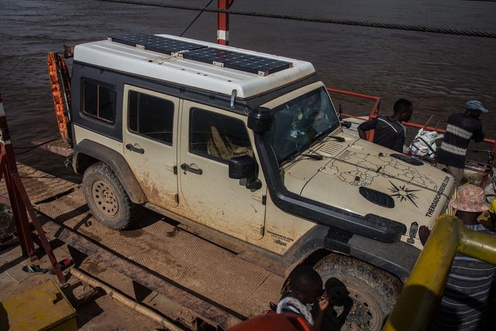jeep luozi ferry drc 720x480