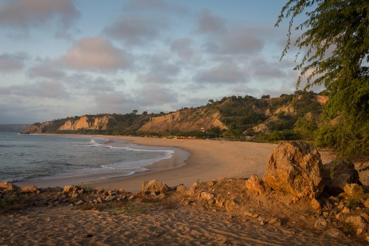 angola beach 720x480