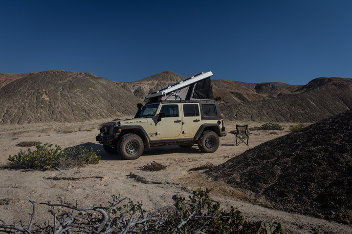 namib campng small canyon 720x480