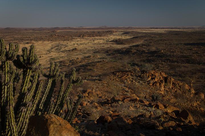 namib desert angola 720x480