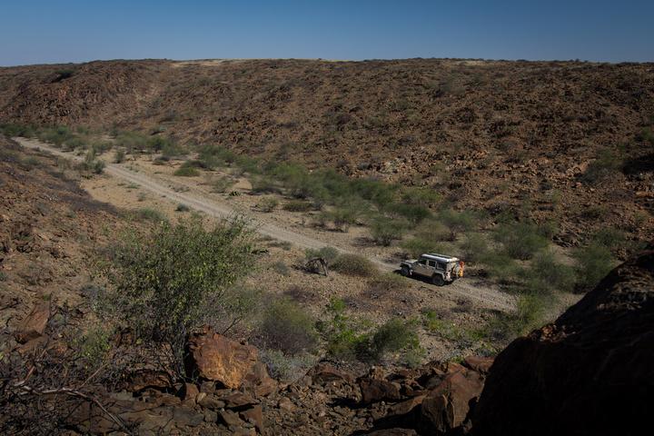 namib desert rocky 720x480