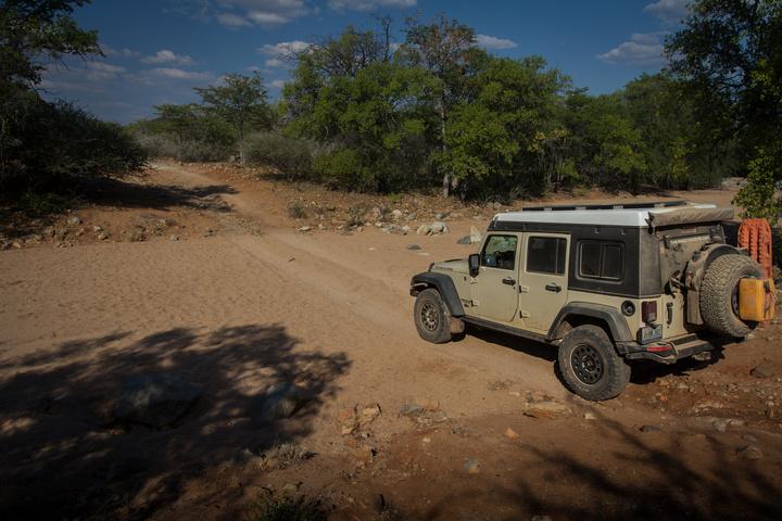 namib jeep dry river 720x480