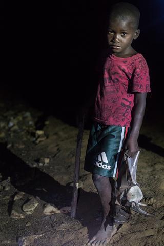 sassa caves angola child bat 320x480