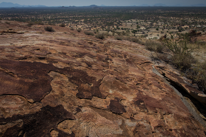 tchitundo hulo rock paintings angola location 720x480