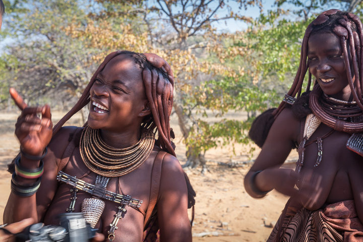 himba ladies namibia 720x480