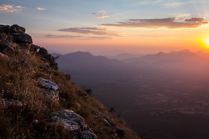 tundavala gap sunset 720x480