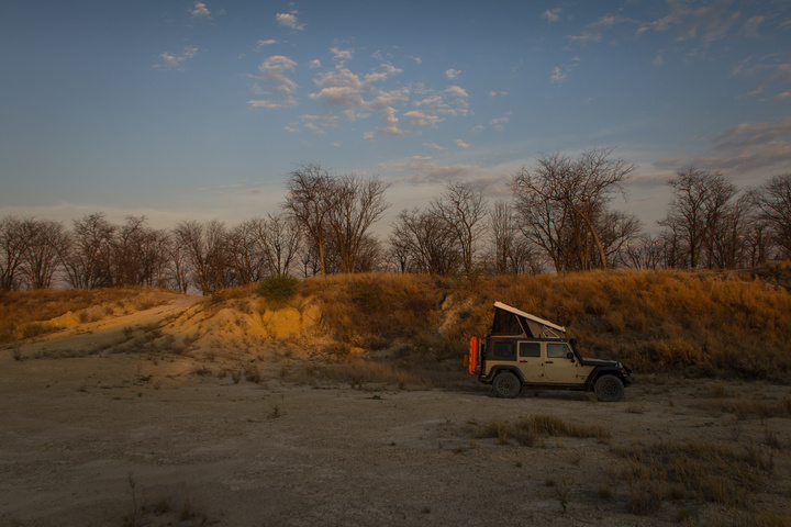 jeep camping gravel pit 720x480