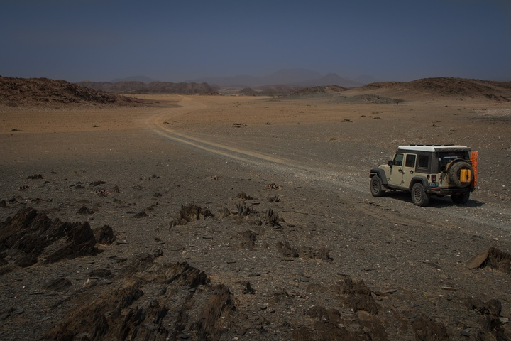 jeep desert 720x480