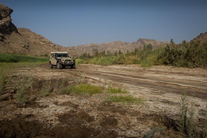 jeep green riverbed 720x480