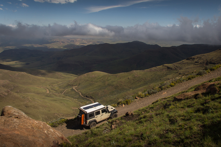 jeep lesotho mountain pass 720x480