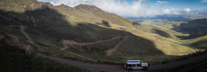 jeep lesotho mountinan pass pano 720x252