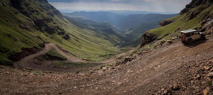 jeep on sani pass 720x323